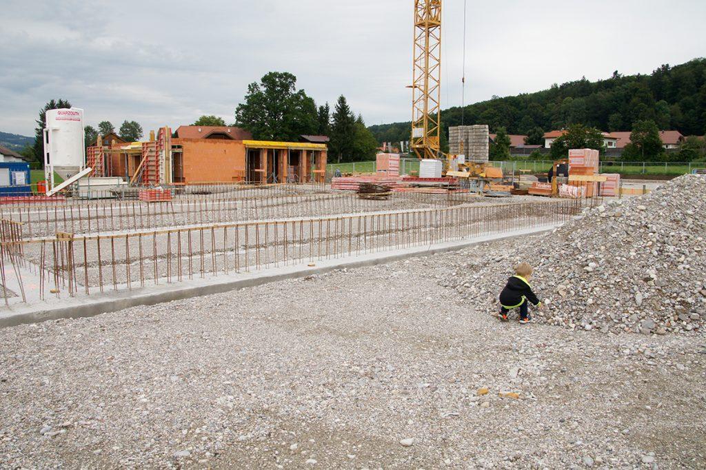 Neubau des Firmengebäude und Hall für Fuhrpark der Firma Kellerer